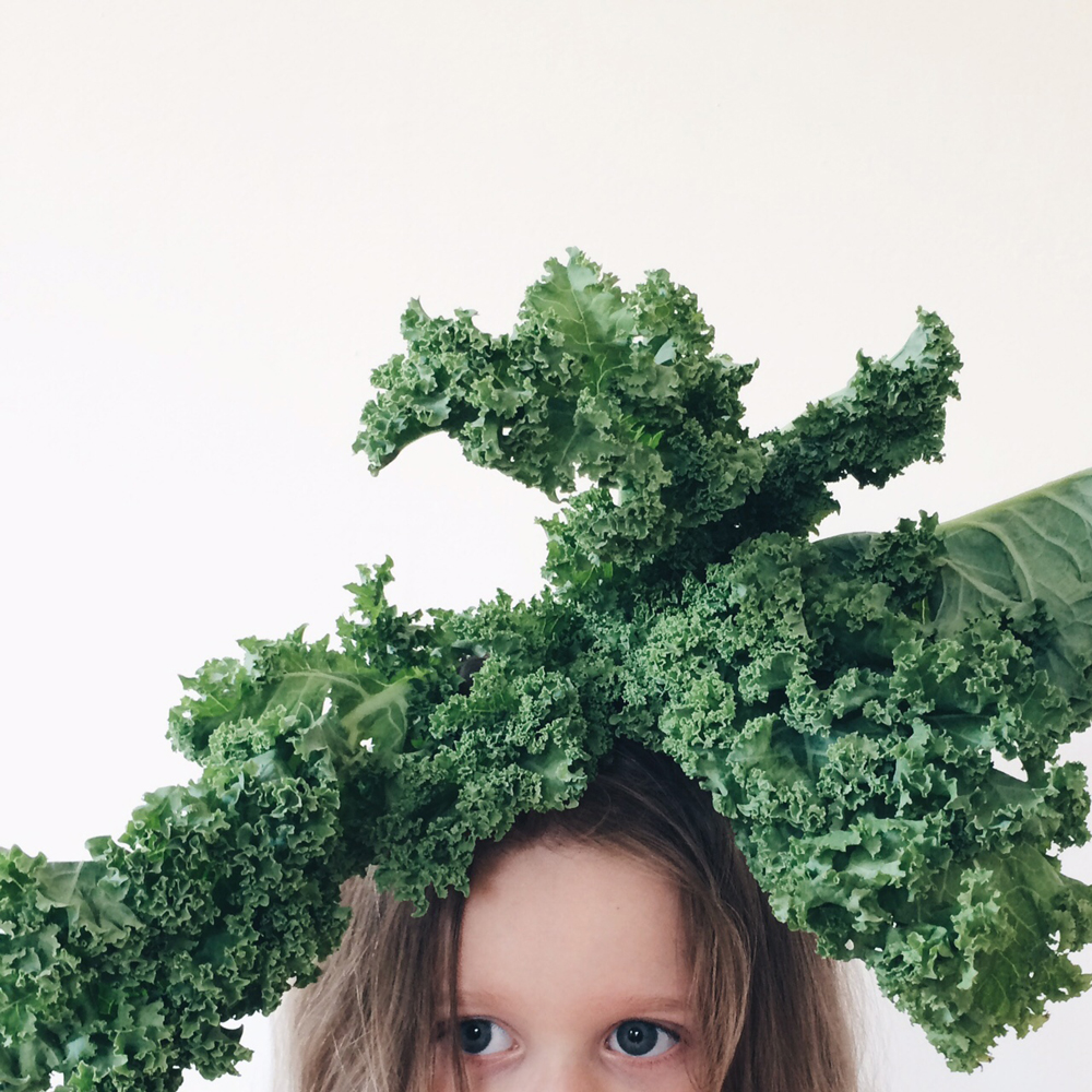 Kale_chips_recipe_littlekinjournal_3