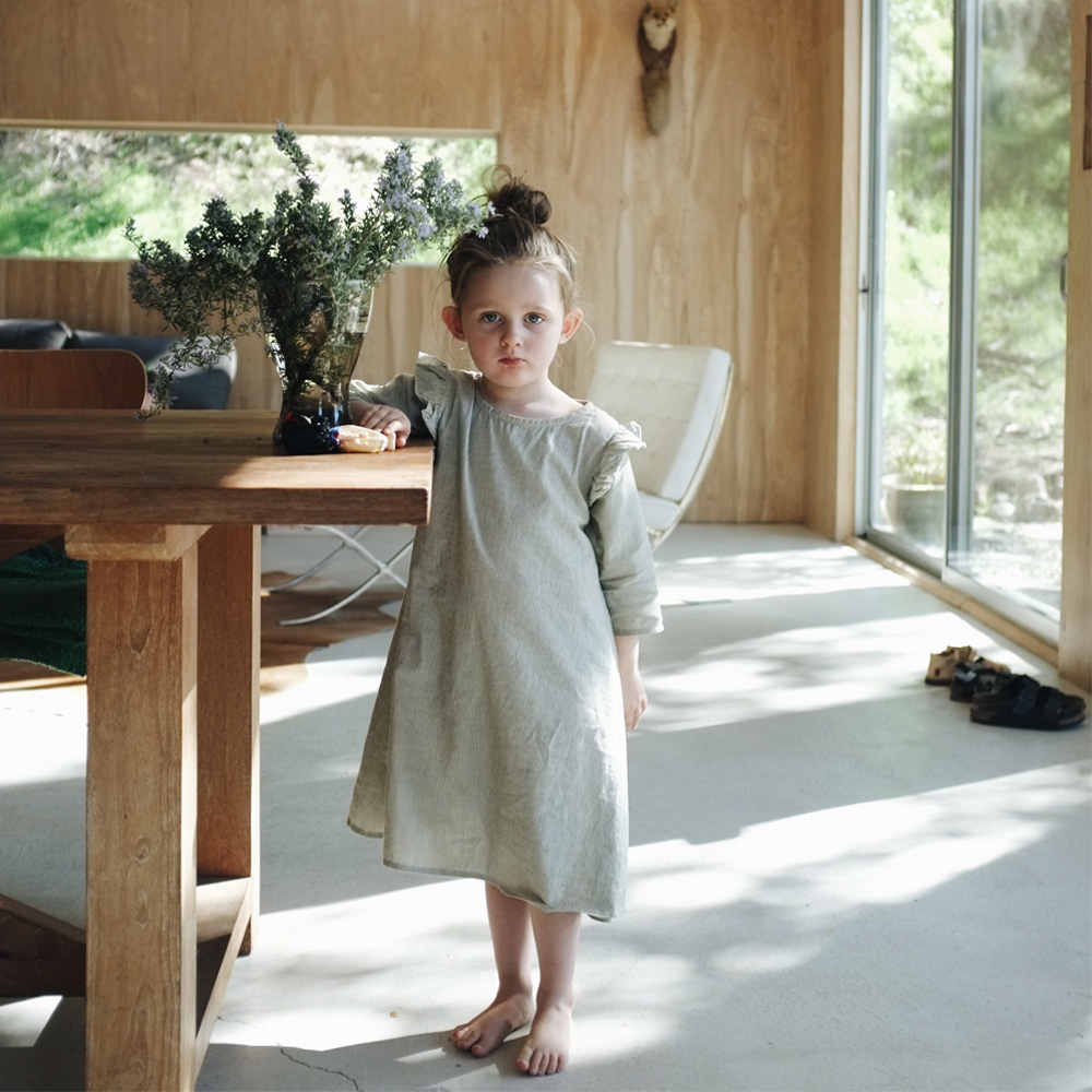 L_Angeles_Topanga_house_little_kin_journal_1